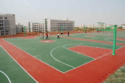 硅PU篮球场的缓冲区如何处理?